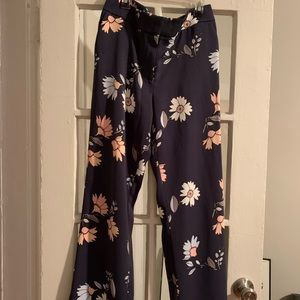 LOFT Floral Navy Blue/Pink/Grey Pants 🦋🌸